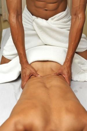 Нудистки масаж