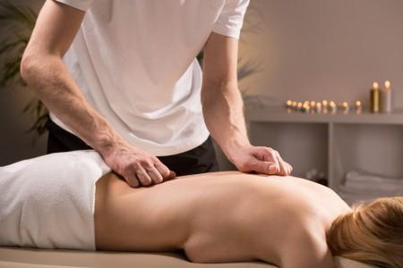 Добър масажист